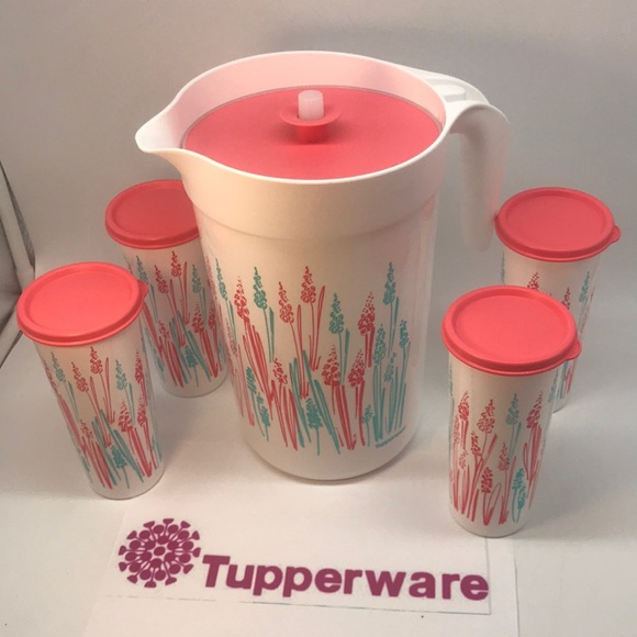 Tupperware  Set Jumbo Jug 4 Liter & 16 oz Tumbler